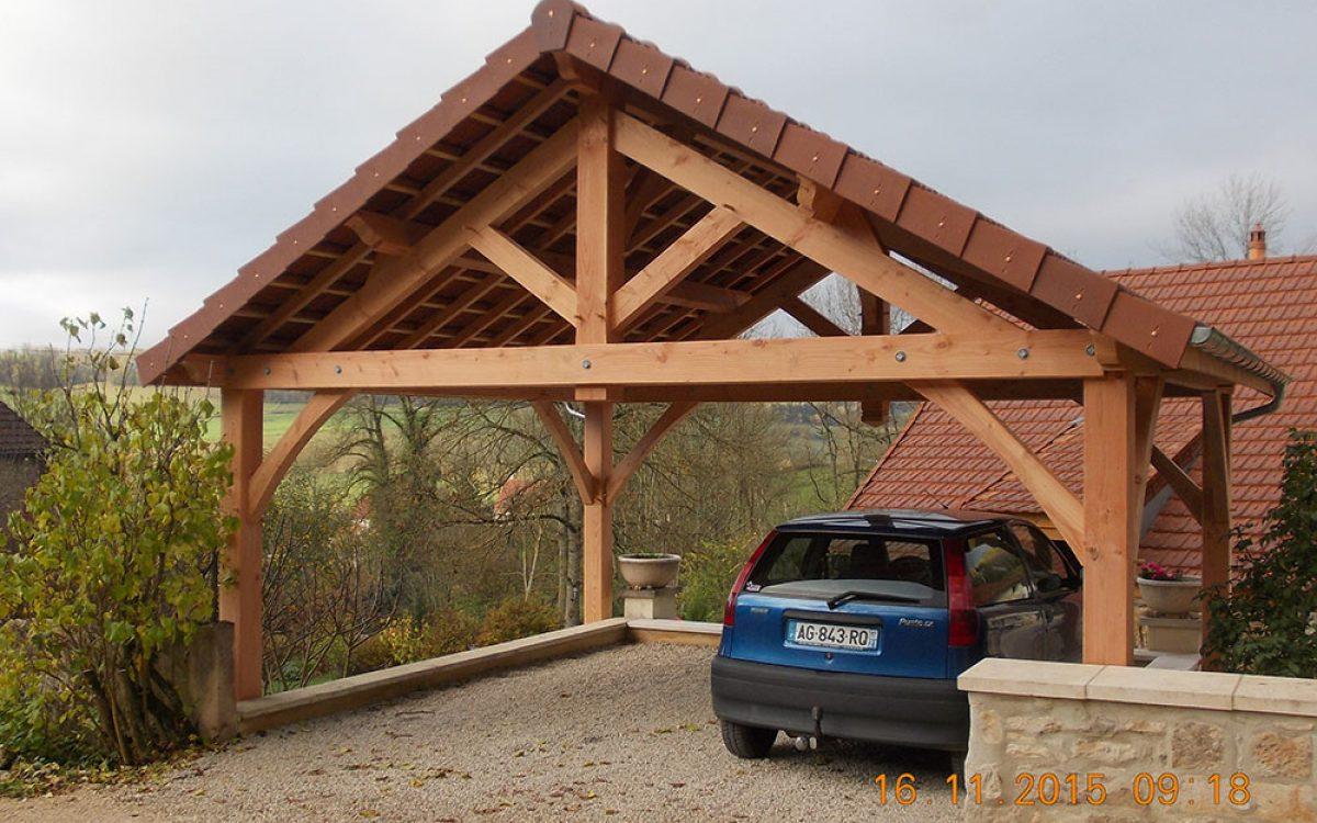 Garage réalisé par les Charpentiers montbardois à Montbard