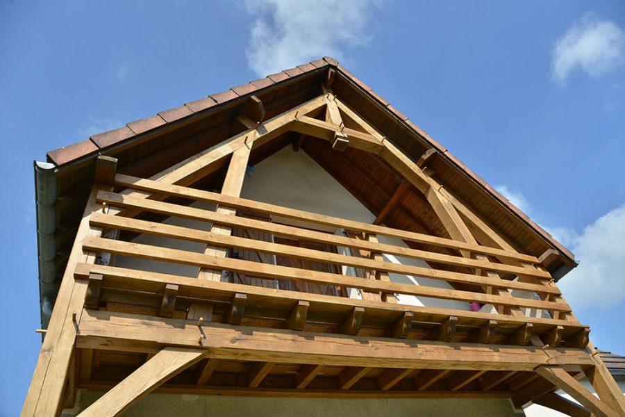 Ferme balcon en chêne