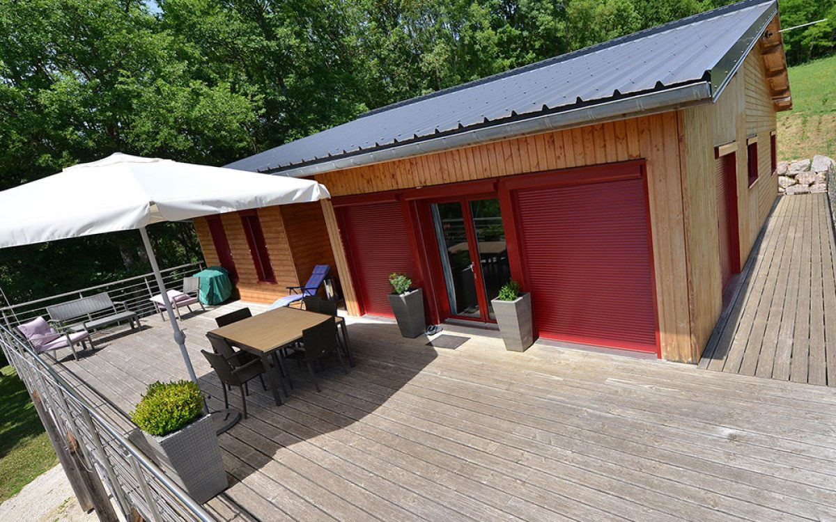 construction d'une terrasse en bois par les Charpentiers montbardois à Montbard