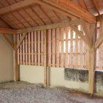 préau en bois réalisée à CHemin d'aisey par les Charpentiers montbardois à Montbard